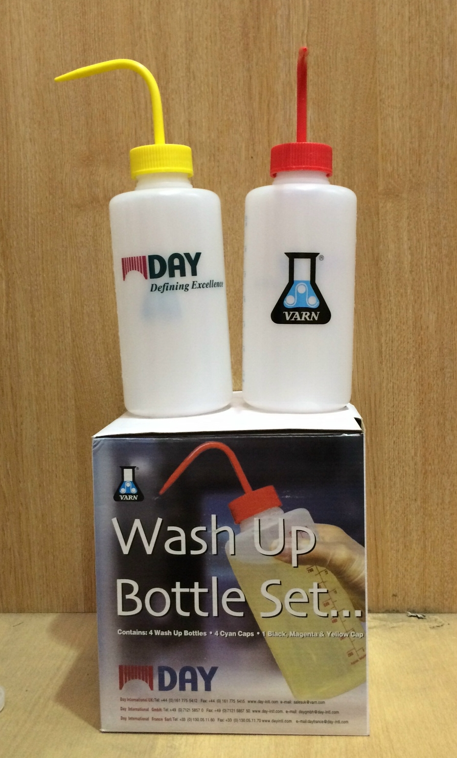VARN WASH UP BOTTLES